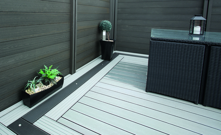 Service, Park Home Decking, body image